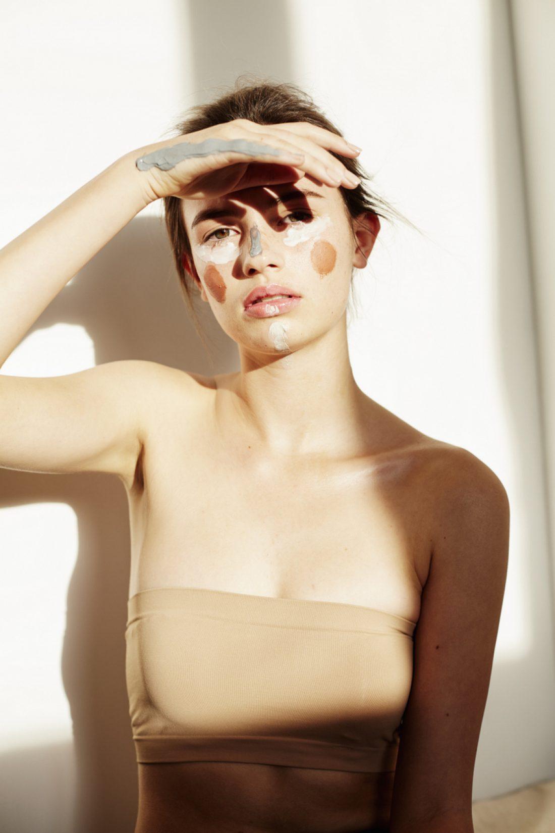 Emily photographed by Clara Pafundi for Sauce Magazine : Beauty Editors | Jemima Kean & Zeenat Wilkinson