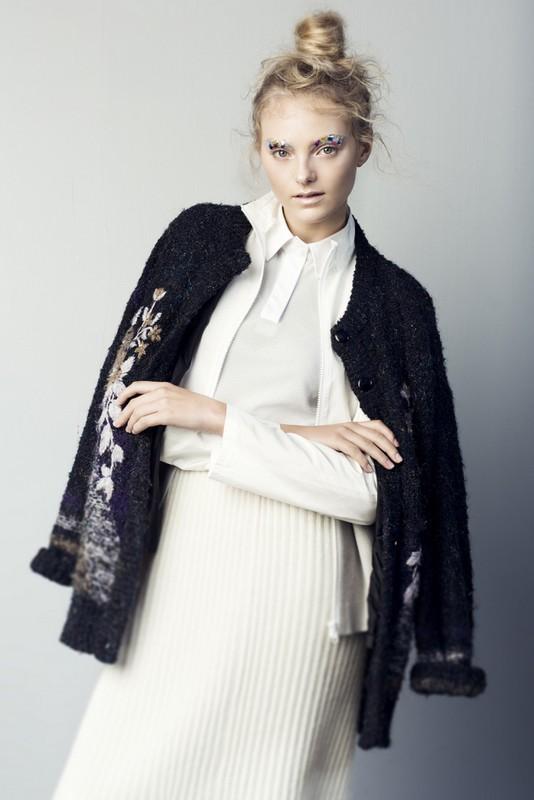 Zoe for Undone Journal, shot by Clara Pafundi, styling by Lucy Jane Hopkins