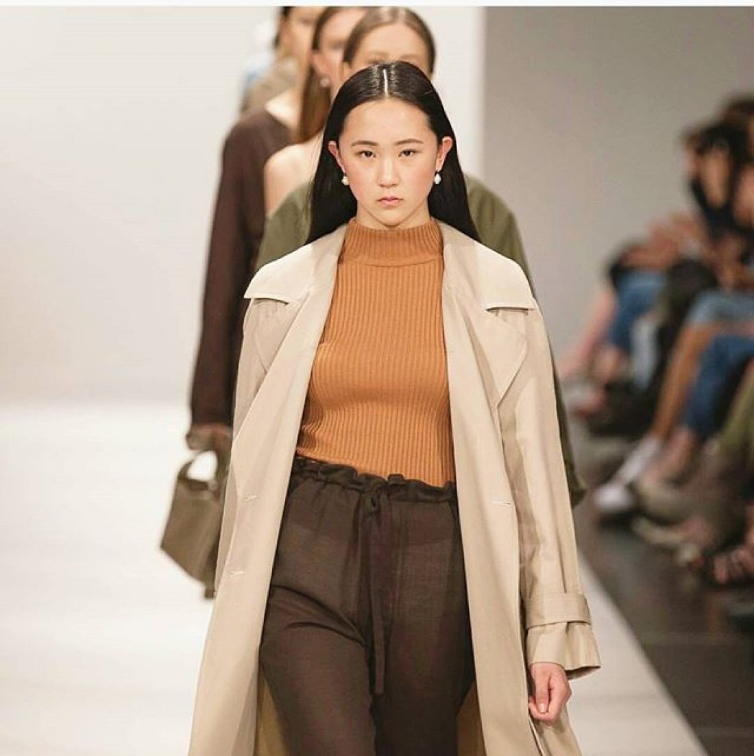 Bonnie walks the Penny Sage Show at NZFW