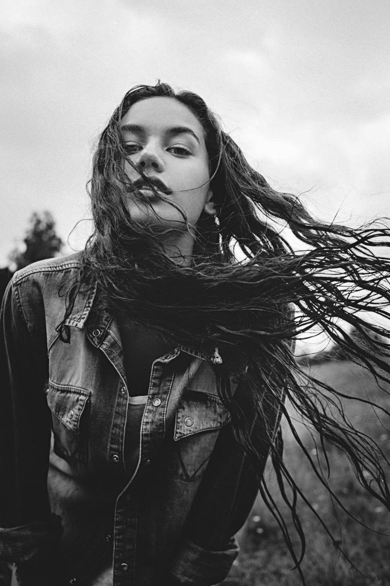 Brittane photographed by Damien Nikora