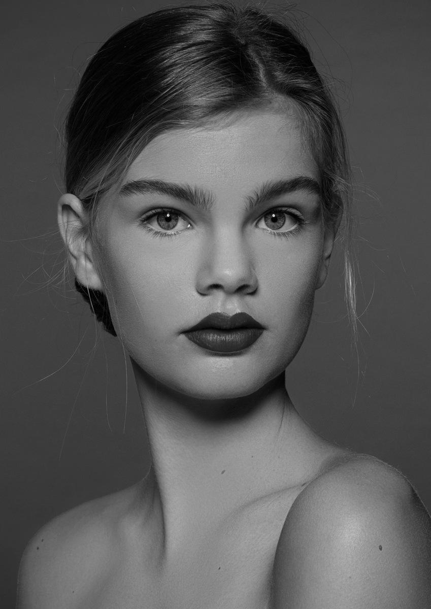 Bella V.