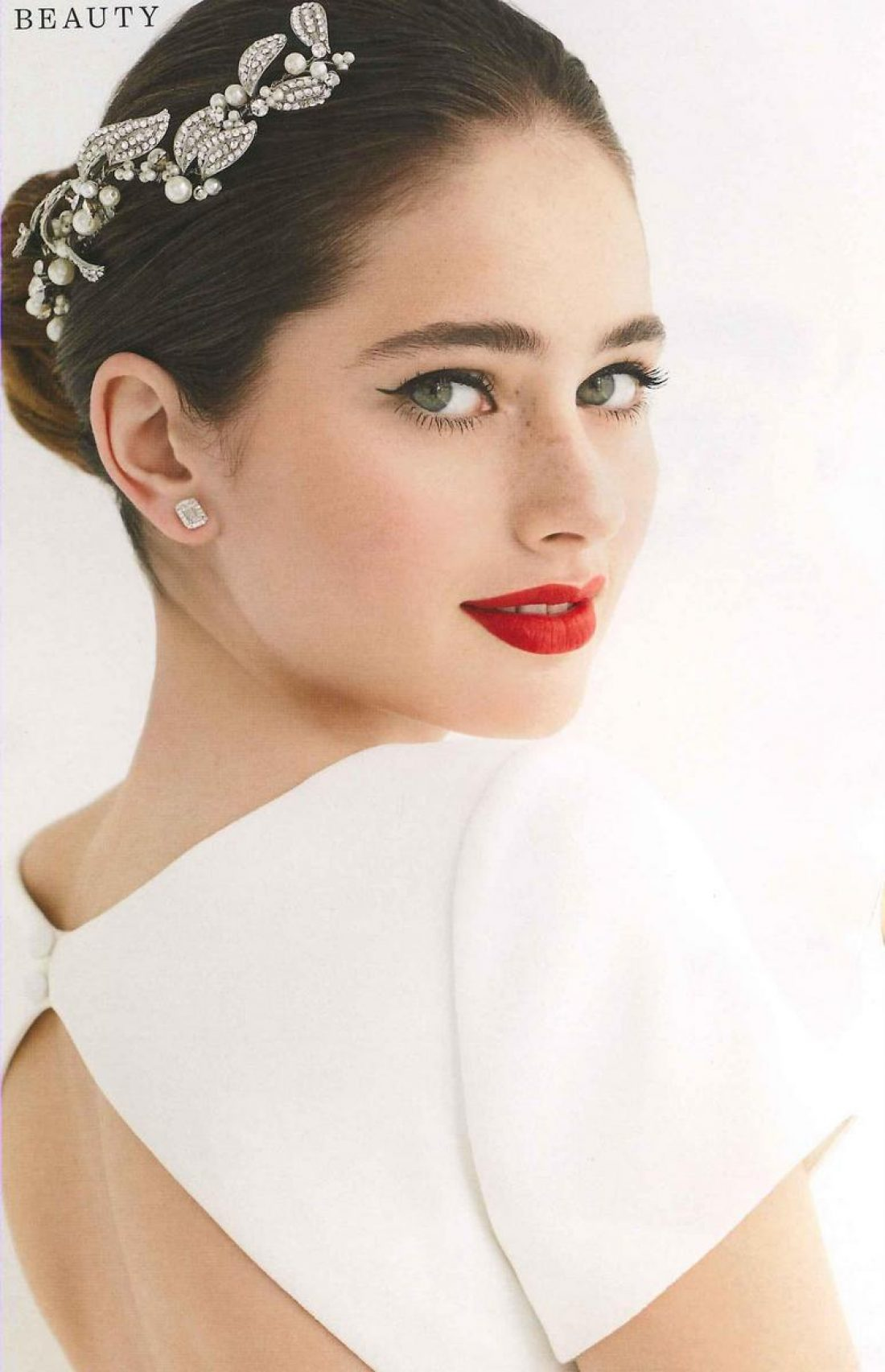 Ruby photographed by Carolyn Haslett for New Zealand Weddings Magazine